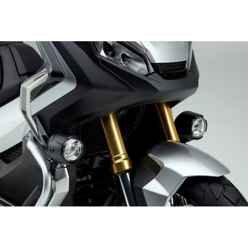 08ESY-MKH-FLK17 : Honda Fog Light Kit X-ADV