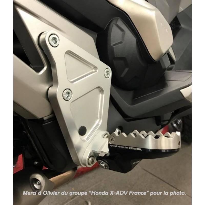 08R80-MJP-G51 + 08R80-MKH-D00 : Kit Repose-pieds Pilote Honda X-ADV