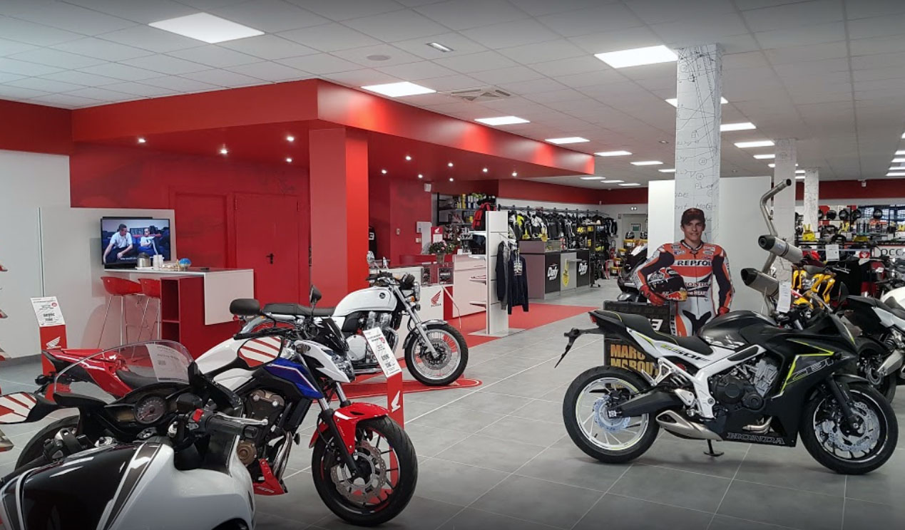 magasin etupes dafy honda usine motos